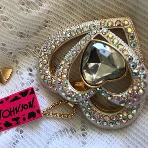 BETSEY JOHNSON~ Large Crystal Triple Heart